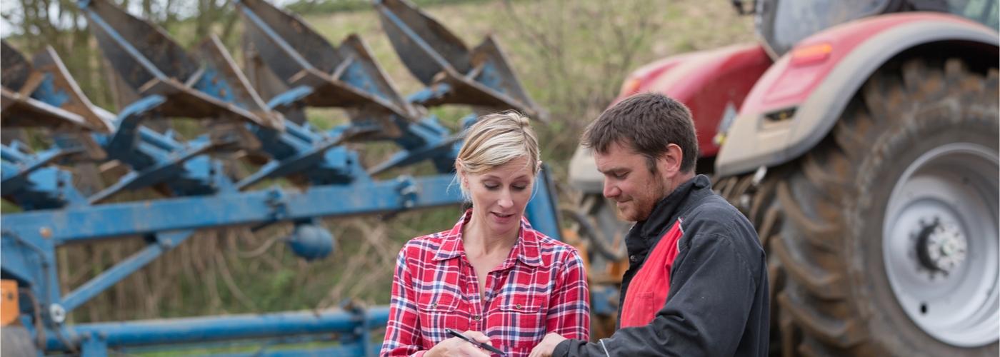 Advisor and farm owner.