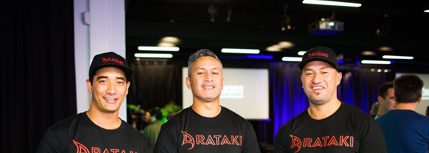 Arataki Cultural Trails team