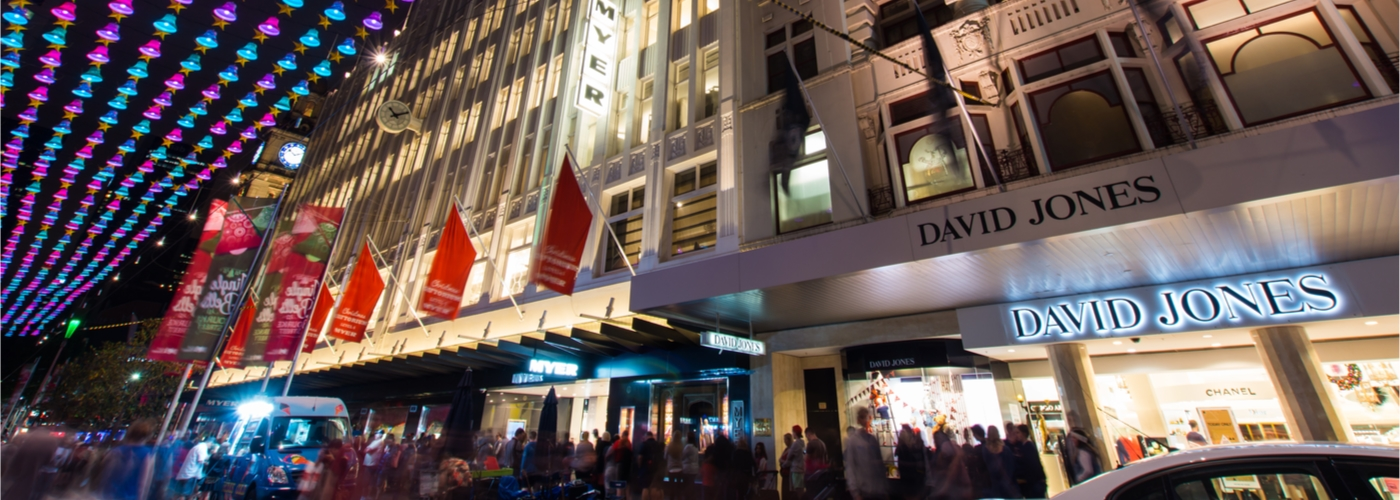 Bricks and mortar retail wins Christmas